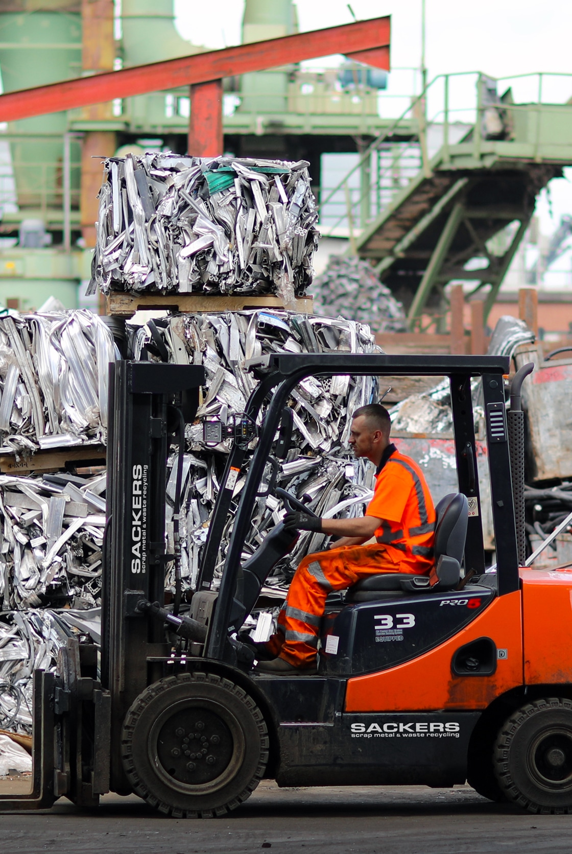 Scrap Metal Merchants  We Pay Good Prices for Cars, Skips